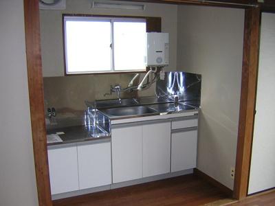 キッチンには2口ガスコンロ置けます♪