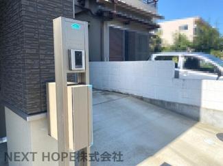 玄関前にも駐車可能です!ハイルーフ車も駐車できます♪
