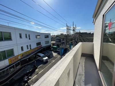 【バルコニー】足立区大谷田5丁目新築戸建て【全5棟】