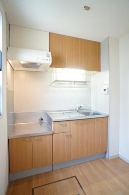 キッチンには2口ガスコンロ設置可能♪