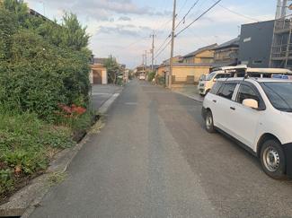 【前面道路含む現地写真】弘川中野団地75坪土地
