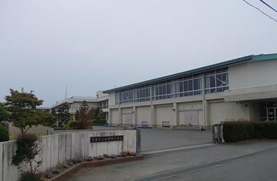 登米市立加賀野小学校まで700m