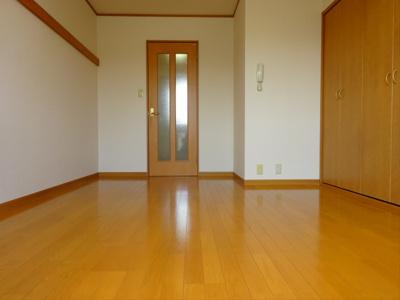 【居間・リビング】ポプラハウス