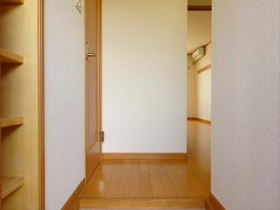 【玄関】ポプラハウス