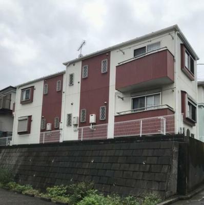 閑静な住宅地にある2階建て賃貸アパート☆