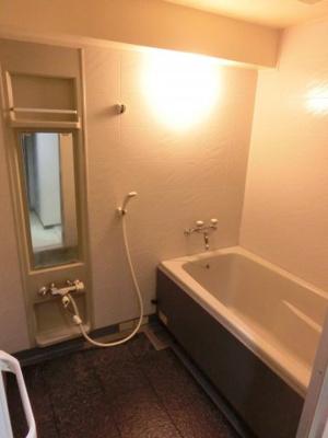 【浴室】エヴァ諏訪野