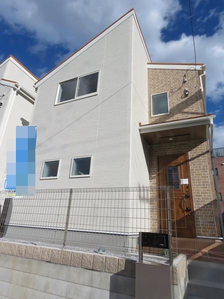 多摩市聖ヶ丘1丁目の新築一戸建の画像