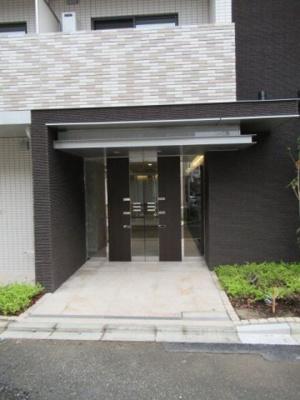 【エントランス】DIPS高田馬場駅前