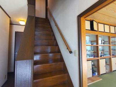 【現況販売】階段の写真です。