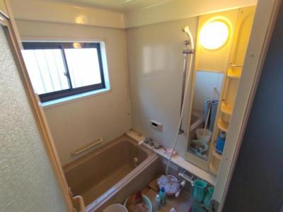 【現況販売】浴室の写真です。