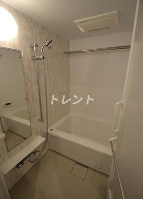 【浴室】ザパークハビオ代々木初台