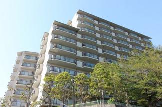 【清荒神アーバンライフ】地上10階建 総戸数117戸 ご紹介のお部屋は5階部分です♪