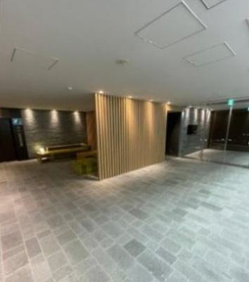【ロビー】オーベルアーバンツ神楽坂(オーベルアーバンツカグラザカ)