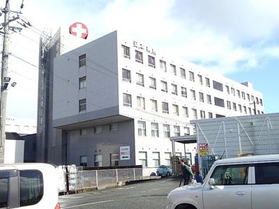 安本病院まで900m
