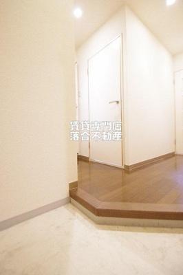 【玄関】ファミールクレストコート