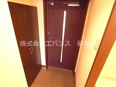 【玄関】ルーラル十五番館