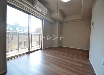 【居間・リビング】ラクラス中野富士見町
