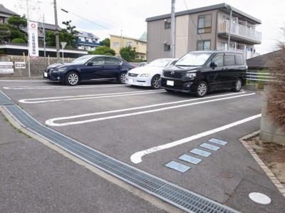 【駐車場】グレイス