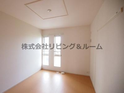【寝室】ジャムタウン W棟