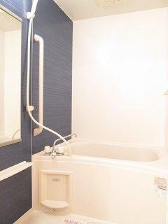 【浴室】サンリット ヴィラ