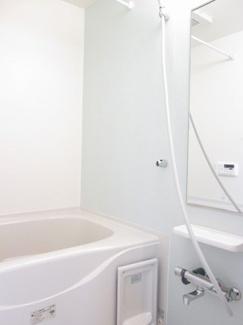 【浴室】すみれ