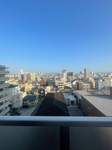 9階部分になりますので、バルコニーからの眺望も非常に良好です。