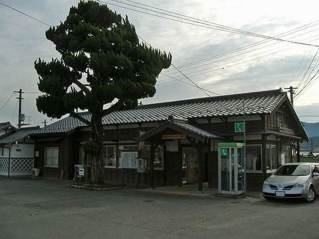 JR宮野駅まで1500m