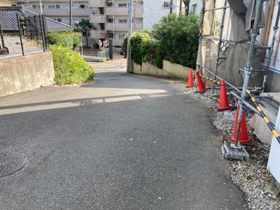 【前面道路含む現地写真】東台本町