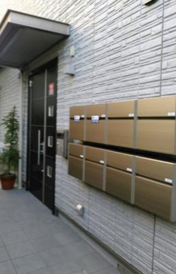 【エントランス】シャーメゾン竹の塚