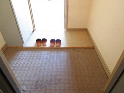 【玄関】グレイスコート