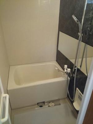 【浴室】山根ハイツ