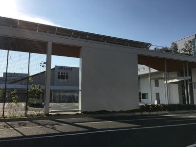 新山口駅まで2200m