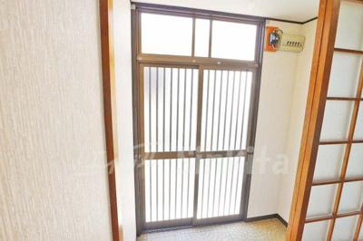 【玄関】西三国3-9-19貸家