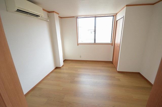 【居間・リビング】相生通2丁目貸家