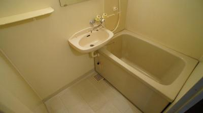 【浴室】エルディム愛福B