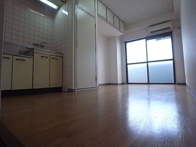 【居間・リビング】KBCマンション