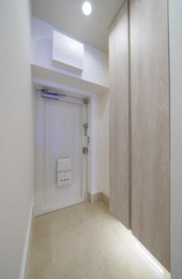 きれいな玄関です。玄関収納あり。