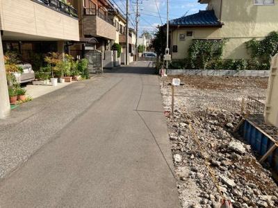 【前面道路含む現地写真】若葉町新築住宅