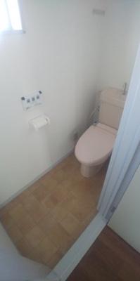 2階、トイレです。