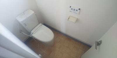 1階、トイレです。