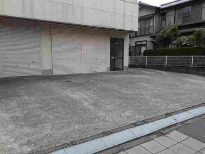 【駐車場】佐貫2丁目倉庫付事務所