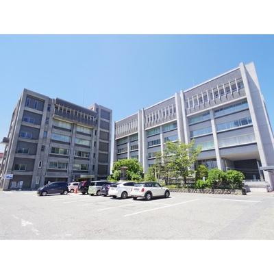 役所「上田市役所まで1096m」