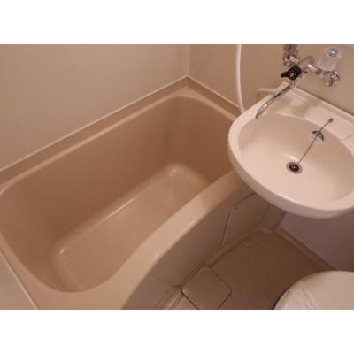 【浴室】レジデンス中央1