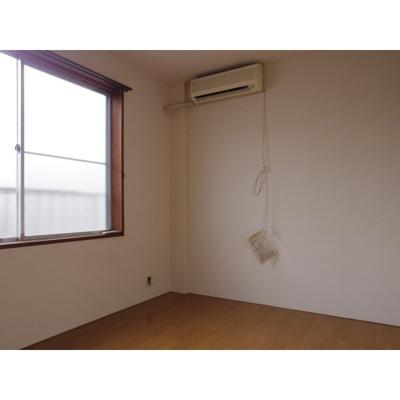【居間・リビング】レジデンス中央1