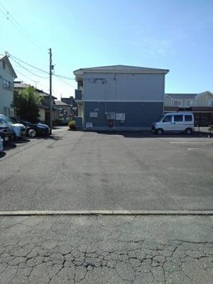 【駐車場】ランドマーク 2002 1