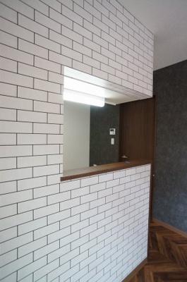 床材のデザインはこちらです。 ※退去前の為、新築時の写真を使用しております。