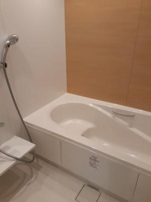 【浴室】イリーデ B