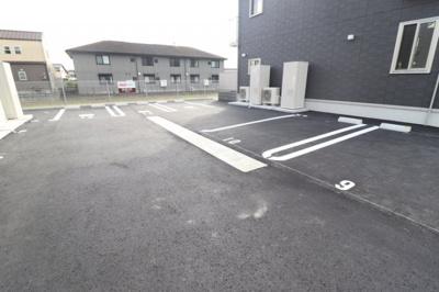 【駐車場】D-roomケヤキ通り B棟