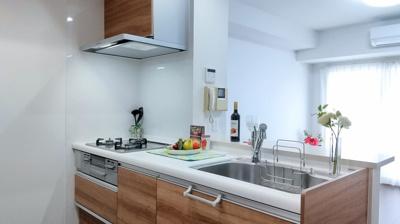 【キッチン】アヴィニティー銀座東 10階 最 上階 角 部屋 リ フォーム済