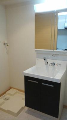 便利な独立洗面台